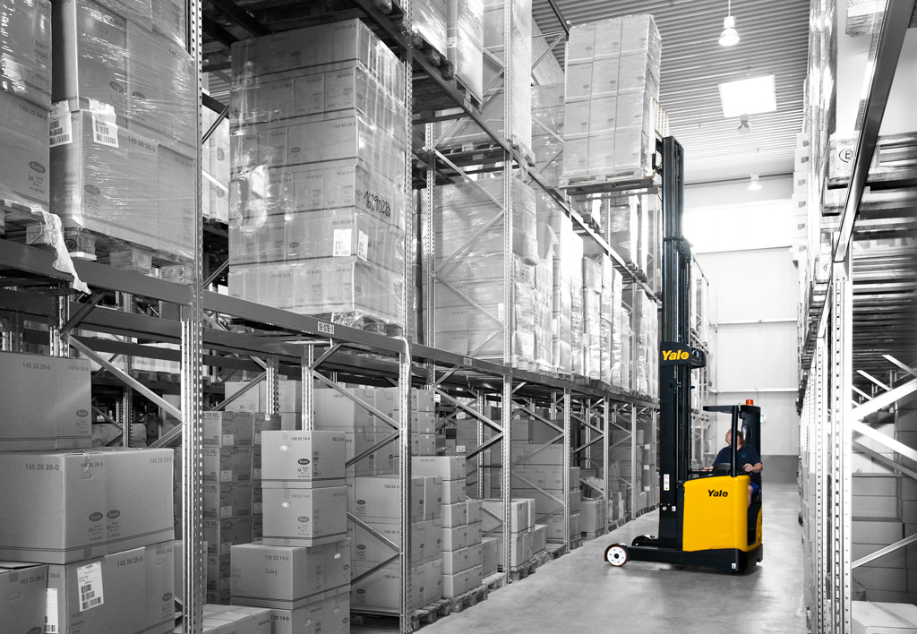 products.forklifts.reach-trucks-(yale, mr)-02