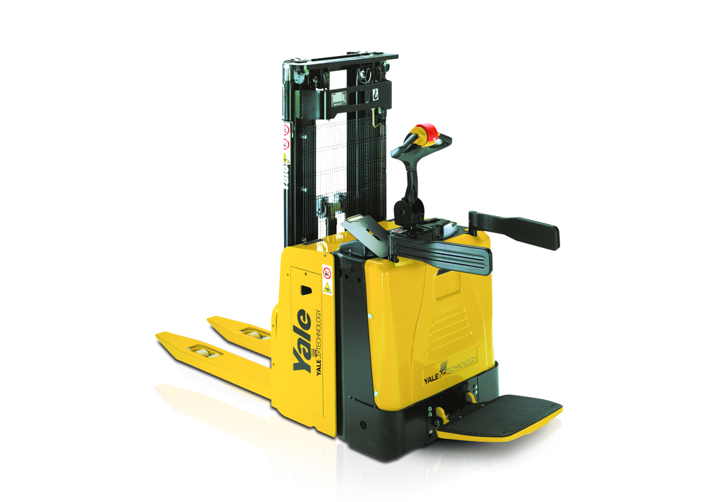 products.forklifts.stackers-(yale, msx)-01