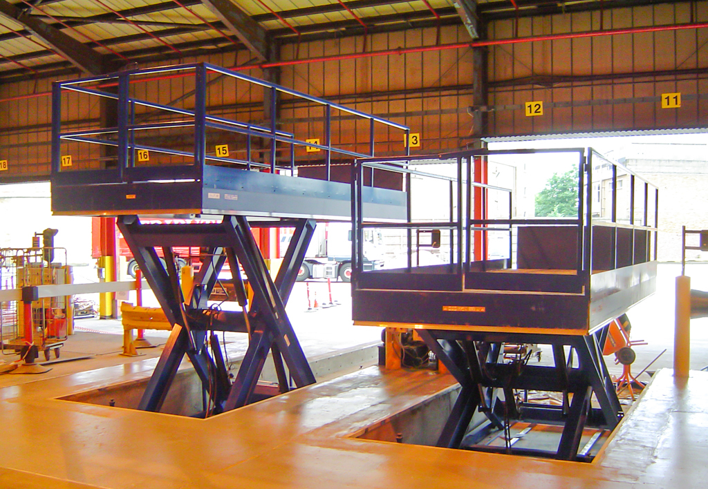 products.lifting-tables.gallery-()-02