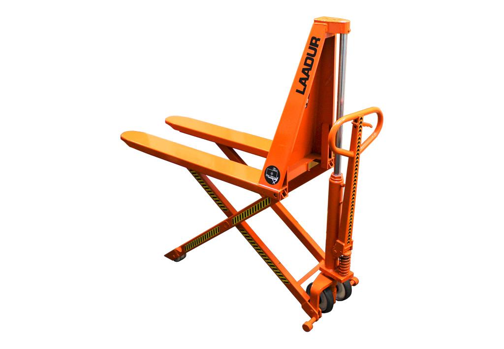 products.forklifts.scissor-pallet-trucks-()-03