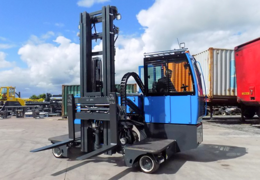 products.forklifts.sideloaders-(combilift, st)-04