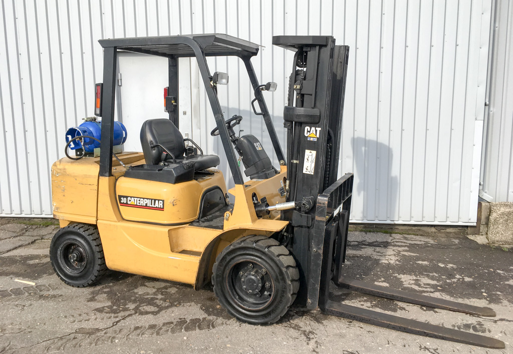 products.forklifts.used-(R329)-01