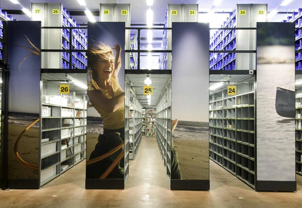products.shelves.frame-shelf.gallery-(kasten)-06