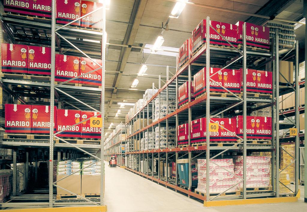 products.shelves.push-back-()-01