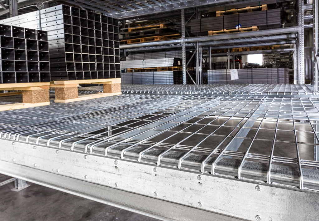products.shelves.wire-mesh-decking-(Garantell)-03
