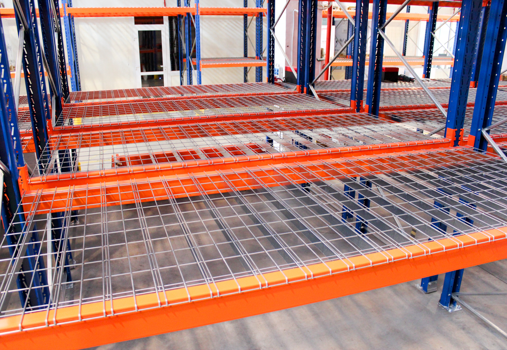 products.shelves.wire-mesh-decking-(Garantell)-06