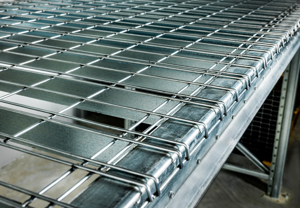 products.shelves.wire-mesh-decking-(Garantell)-08